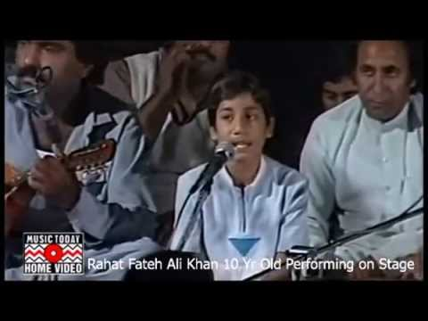 Rahat Fateh Ali Khan as 10 Year Old Live Performance on Stage