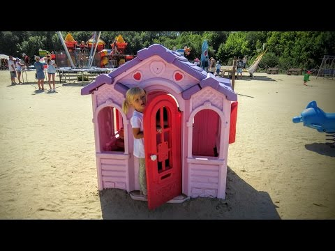 Playground and Children play house, Playhouse, Kids playhouse Little Tikes, Domek dla dzieci