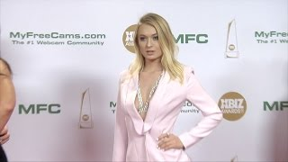 Natalia Starr XBIZ Awards 2017 Red Carpet Fashion