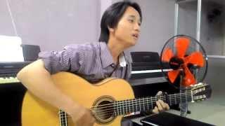 Guitar Thành phố sau lưng -  Đinh Ngọc Huy - Lớp nhạc dấu chấm đen