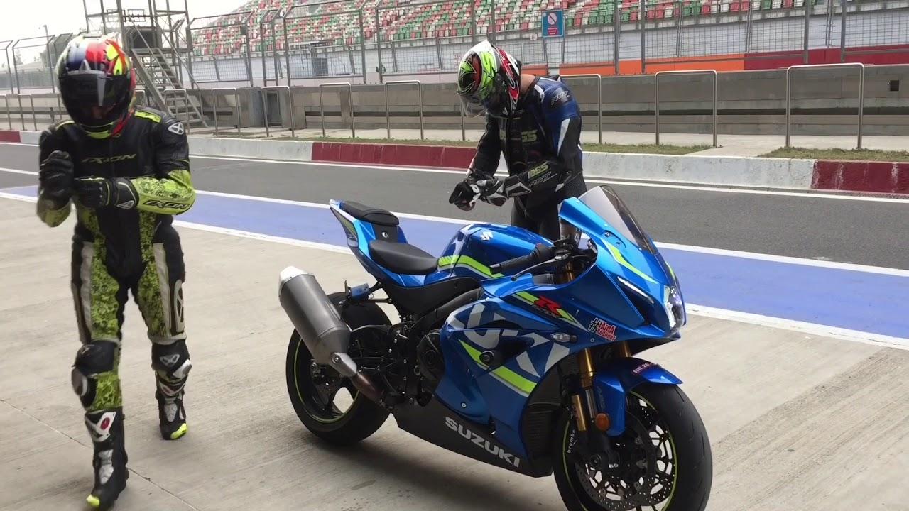 SimranKing | Suzuki GSX-R1000R | Buddh International Circuit | Redline  Racing Store | Man Bun Rider