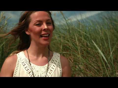 LEONORE - Welle Für Welle (Offizielles Musikvideo)