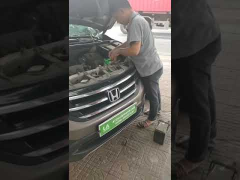 Hướng dẫn lắp đặt bình ắc quy Honda CRV
