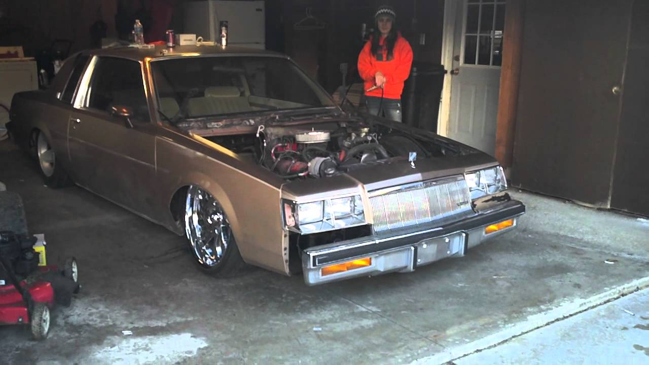 Buick Regal T Type >> Bagged regal on 22s layed out - YouTube