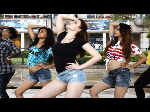 Kala Chashma Dance Performance | Baar Baar Dekho...