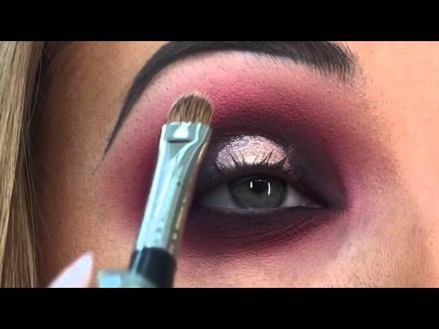 Taylor Lee Spotlight Eye