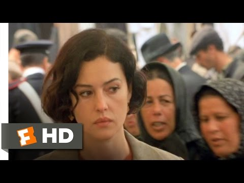 Malèna (9/10) Movie CLIP - Malena Returns (2000) HD