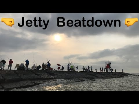 picking-fights-at-the-jetty,-surfside-tx-/-i-nearly-got-beatdown-😳