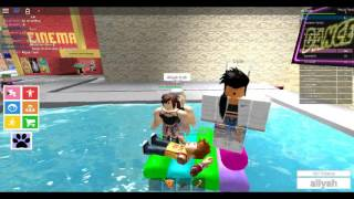 hot tub in roblox!? nice! :D