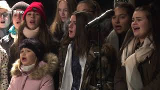 Česko zpívá koledy v Brně na náměstí Svobody