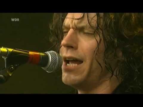 07) YEAR LONG DISASTER - Leda Atomica (Area 4 Festival 2008)