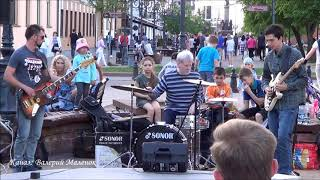 БРЕСТ СЛУШАЕТ ДЖАЗ! Brest! Street! Music!
