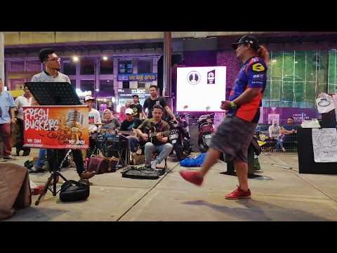 Free Download Bujang Senang - Padu!!! Selamba Je Amy Zakri & Uchop Tarik Lagu Ni. Mp3 dan Mp4