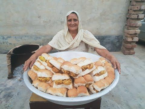 Mumbai Vada Pav - Chutney Recipe in Hindi - how to make vada pav - mumbai street food - वड़ा पाव thumbnail