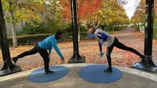 8_Waterbottle Workout_Knee kick back