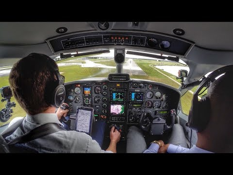 FLYING THE MIGHTY TBM850 -  PILOT SWAG 2