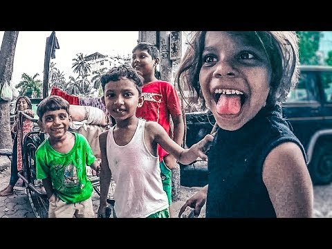 India. Life in the slums of Mumbai.