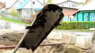 В Бердске идет ремонт коллектора на улице Ушакова