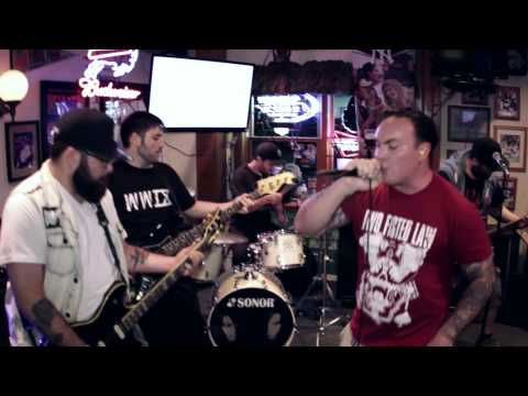 """Enziguri performing """"New Age"""" live from Billy Beans in Danbury, Connecticut"""