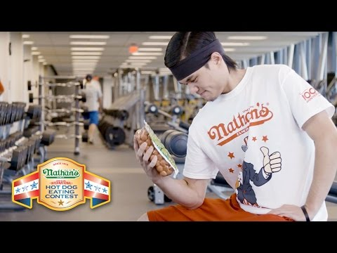 ae00fc96 Matt Stonie & Joey Chestnut Train for the Hot Dog Eating Contest - YouTube