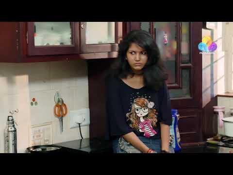 Uppum Mulakkum Fame Juhi Slowmotion Navel Slip | Mallu Clips Edits