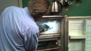 rozmrazovanie chladničky