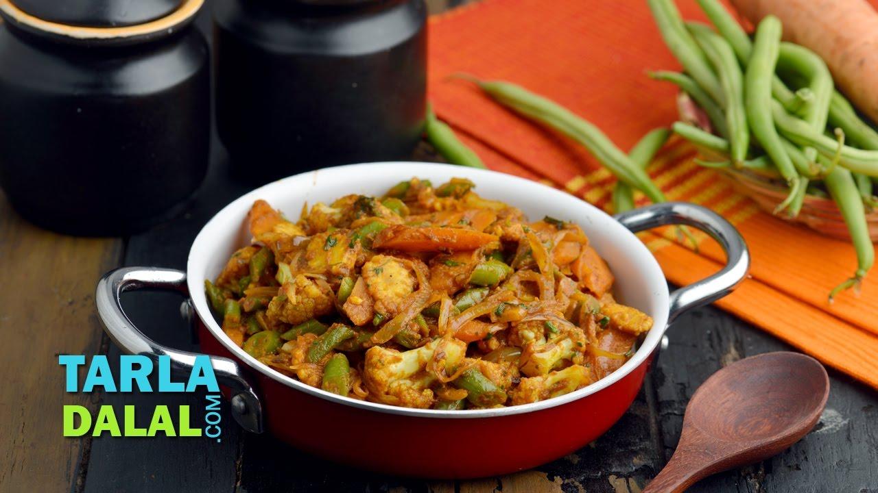 Vegetable jalfrazie veg punjabi restaurant style jalfrazie by tarla vegetable jalfrazie veg punjabi restaurant style jalfrazie by tarla dalal youtube forumfinder Gallery