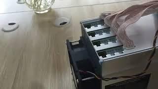 AntMiner L3+ Blockchain Minner