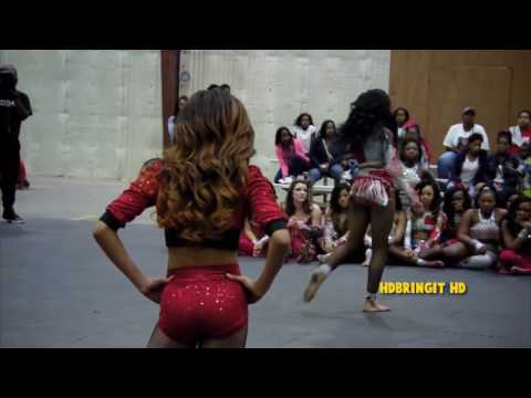 dancing-dolls---move-to-the-beat