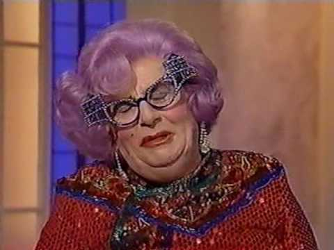 Les Patterson & Dame Edna Everage interviews (Clive Anderson, 1995)