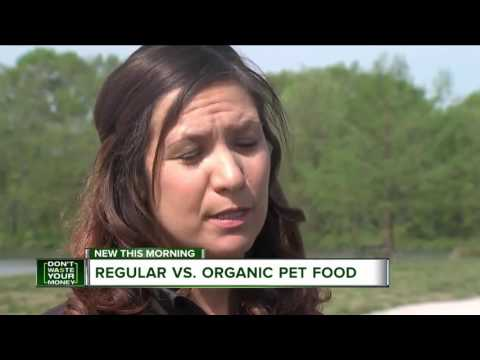 Regular vs. organic pet food