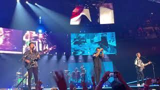 "Jonas Brothers ""play my music/ world war III/ hold on/ tonight live at Mohegan Sun Arena"