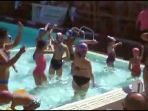 Gare nuoto bagno maestrale lido di camaiore ferragosto 2013 youtube - Bagno maestrale lido di camaiore ...