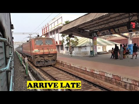 WAP4 New Delhi Puri Nandan Kanan Bankura Junction