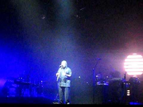 Lowlands - Massive Attack - One Love