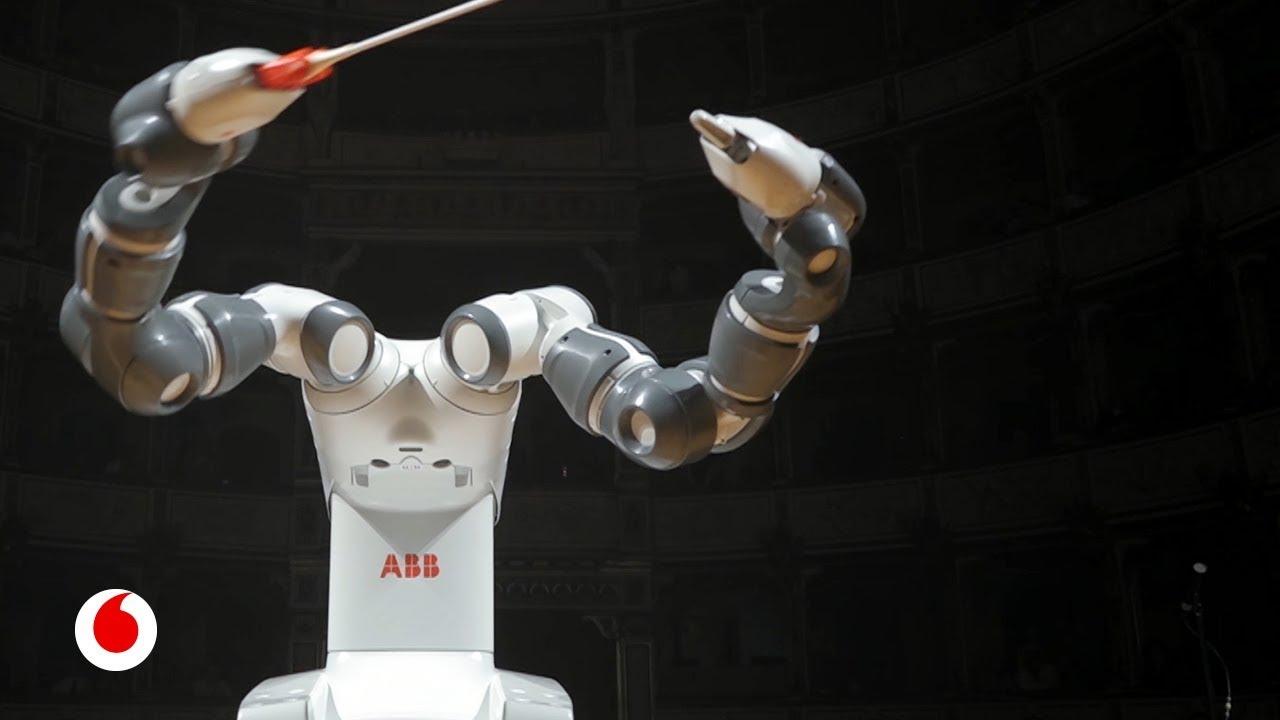 YuMi, el robot que te hace un café y te dirige una orquesta sinfónica
