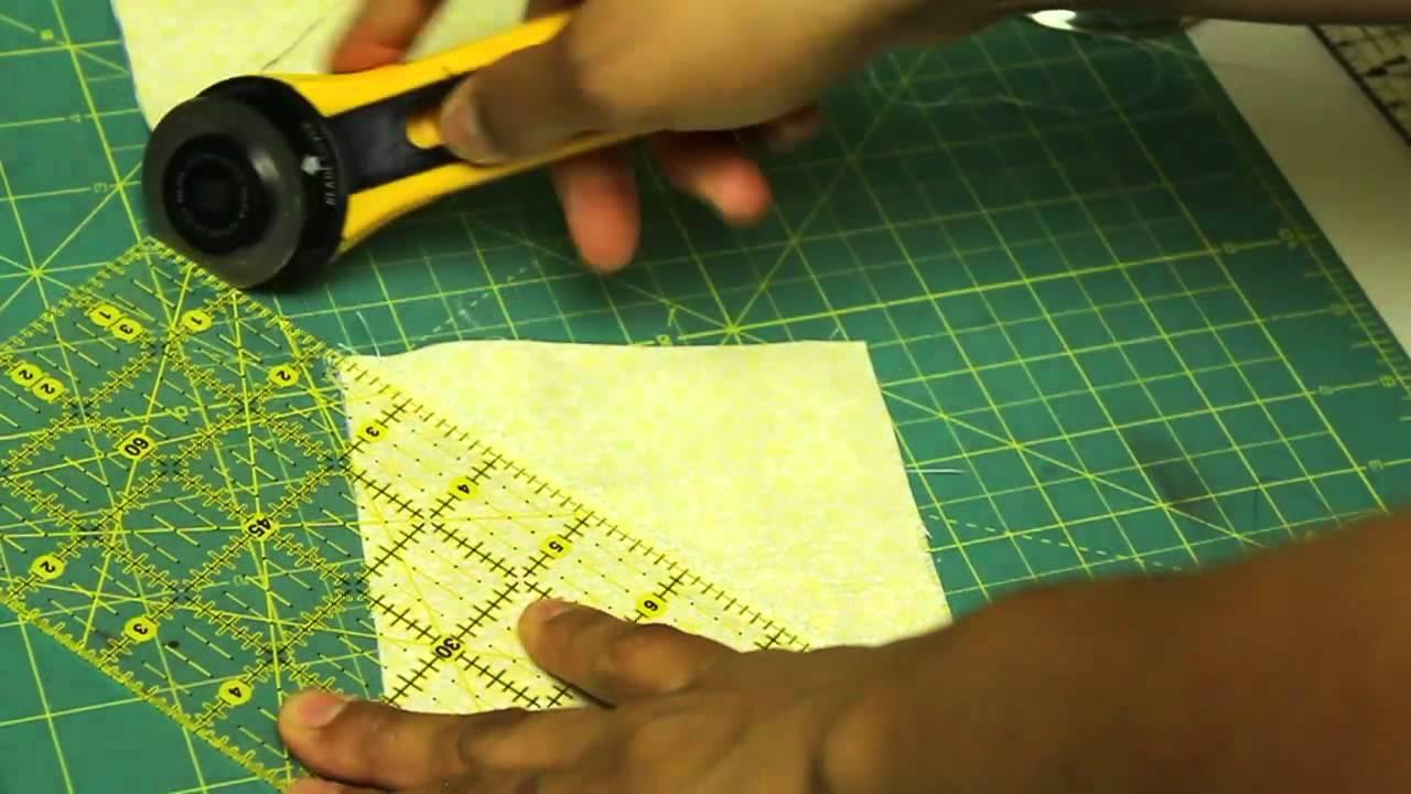 Como hacer un cuadrado de patchwork estrella de amistad - Colgador de tela con bolsillos ...