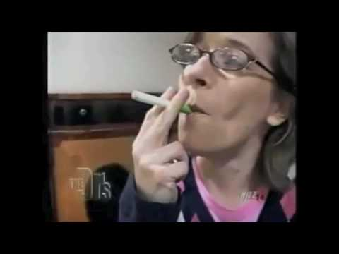 Watch Doctors Smoking The New Electronic Cigarette
