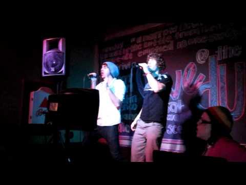 Alex and Zack sing Journey