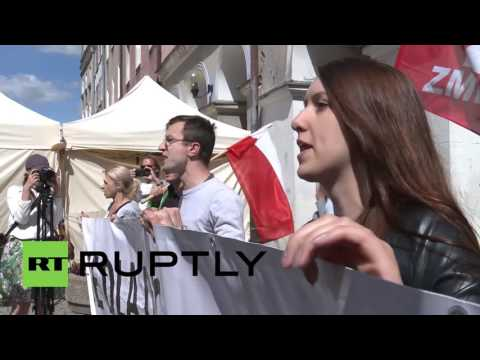 Poland: 'Stop America's occupation!' – Protesters decry US military presence in Poland
