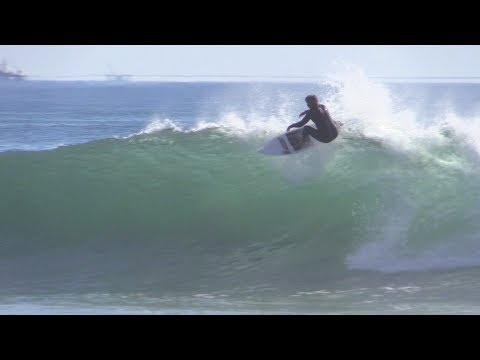 Surfing Super Fun Right Raw