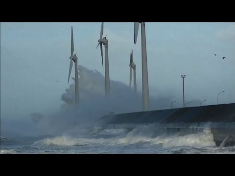 High winds buffet coast in Northern France