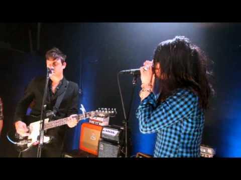 The Kills -  Pull A U (Backstage At CONAN)