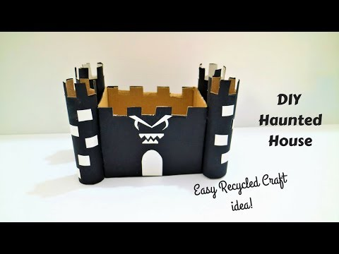 Haunted House Craft- Recycled DIY Halloween crafts for kids