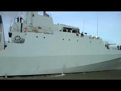 (B2) เรือหลวงกระบี่ เข้าเทียบท่าเสือซ่อนเล็บ โรงเรียนนายเรือ
