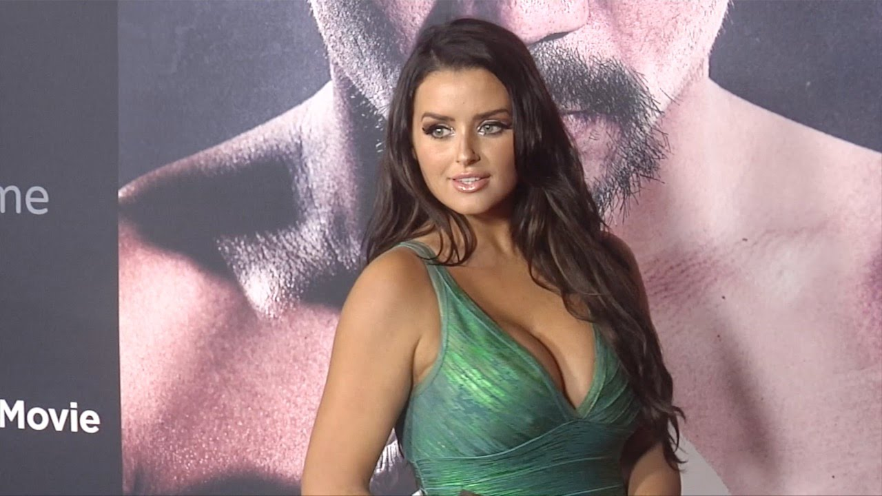 Flashback Model Abigail Ratchford Stuns At Manny Premiere In La