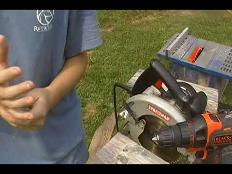 DIY How to Make a Rustic Bird Feeder!!