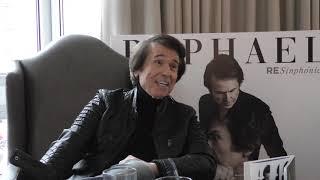 """Entrevista a Raphael: """"Nunca veo imitaciones mías, me parecen una falta de respeto"""""""