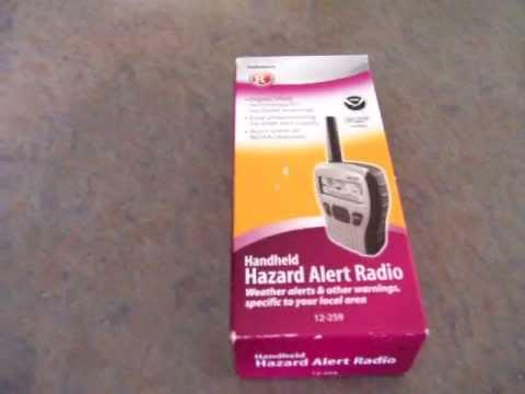 unboxing setup of radioshack 12 259 handheld weather radio youtube rh youtube com Radio Shack Electronic Parts Radio Shack Electronic Parts