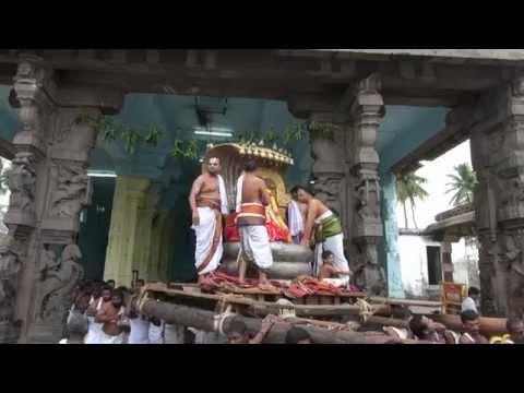Kanchi Varadarajan - Sri Jayanthi Morning_Kannan Mada Veedhi Purappadu_9m 18s